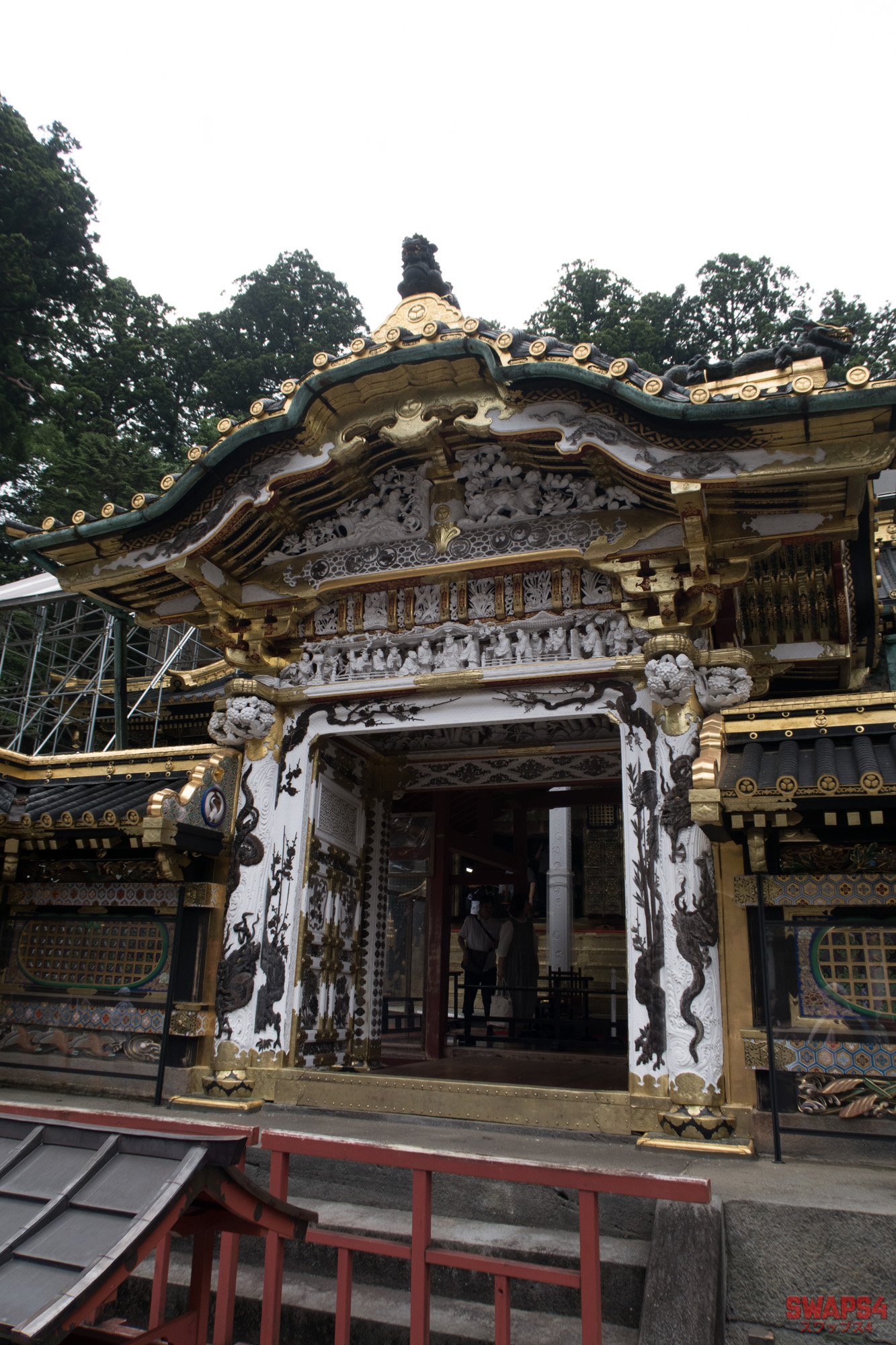 Nikko Toshogu Shrine in Japan 0044 - Swaps4